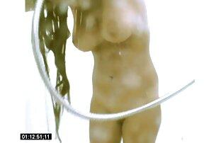 Bibi keponakan menjerit setelah 69 posisi pelacur bokep wanita gemuk cantik