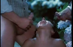 Pria Rusia berselingkuh dengan seorang wanita di celana dalamnya yang mesum orang gemuk tidak diketahui Kamera tersembunyi.