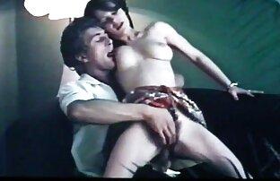 Siswa telah menyelesaikan gaya oral sex doggy style di vidio xxx orang gemuk posisi 69.