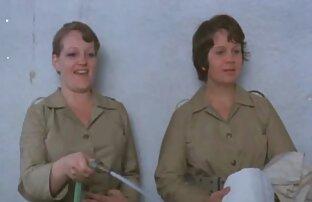 kedua gadis itu saling menembak dari video mesum wanita gendut sudut pandang ..